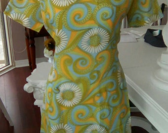 Vintage Summer dress/ curvy size/garden party dress/made in Canada