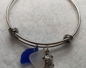 Seaglass Bracelet: Cobalt Blue & White Seaglass Bracelet with Turtle