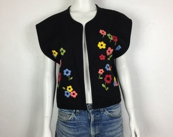 Vtg 70s floral embroidered black cropped bolero jacket small