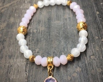 Pearl bracelet with Crystal pendant