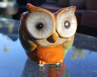 1970's Vintage Pottery Orange Owl Planter / Pot - 3 1/4 inches tall - Very Good Condition