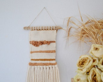 Wall weaving woollen / natural decoration / wall art / wall decoration