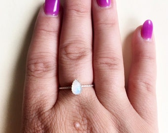 Moonstone ring // pear shaped ring // sterling silver