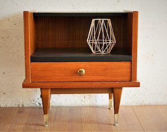 Nightstand vintage - small table decoration
