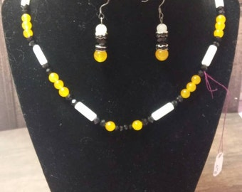 """24"""" Jade and Crystal necklace and earring set"""