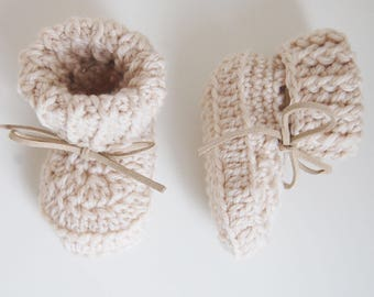 Handmade Crochet Baby Booties - Cream - newborn/6 months