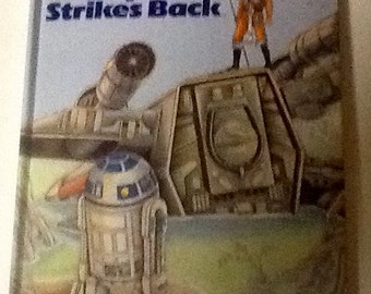 The empire strikes back (pop up book)