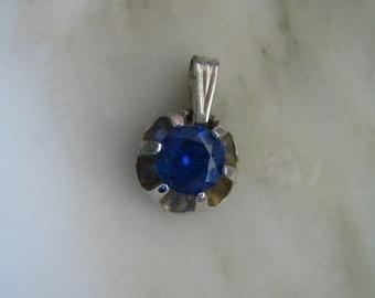 Vintage Silver Tone Synthetic Sapphire Solitaire Pendant