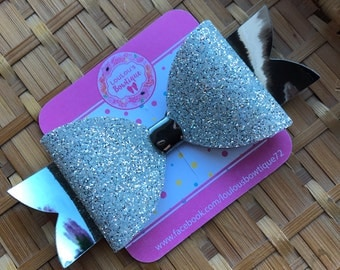 Silver shimmer maxi bow