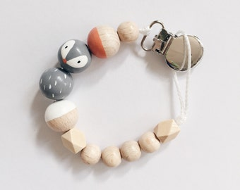 Hand-painted dummy with geometric wooden beads - gray, Fox