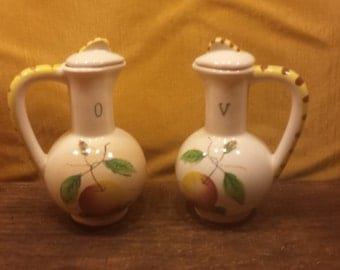 Vintage Purinton Oil and Vinegar Bottle Set, Vinegar Bottle, Oil Bottle, Vintage Kitchen Decor, Ceramic Oil and Vinegar Serving Containers