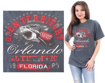FLORIDA SHARK T-Shirt 80s Animal Tee Shirt Vintage Orlando Beach Graphic Screen Faded Black Red Grey 1080s Jumper Relaxed Fit M to L