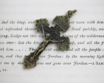 Ornate Brass Gothic Pardon Crucifix - Jesus Nazarenus Rex Judaeorum - Italian Sacramental Crucifix for Rosary (M47)