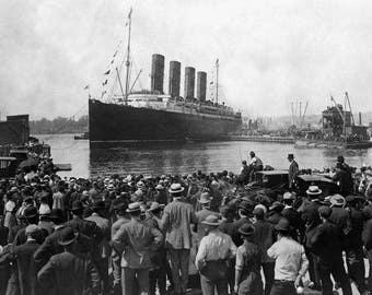 RMS Lusitania Ship Setting Sail Vintage Ocean Liner Black & White Photo Print