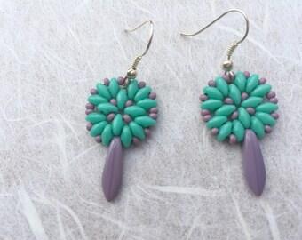 Mint beaded earrings, Mint earrings, Gift for her, elegant earrings, handmade earrings, beaded earrings, drop earrings, Dangel earrings