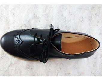Tied oxford women shoes, derby brogue shoes, flat tied shoes very comfortable for work
