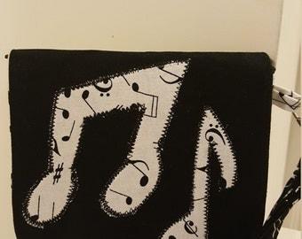 Adorable Music Note Print Wallet Wristlet