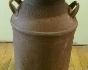 Rusty Milk Can/Vintage Milk Can/Rustic Milk Can/Large Milk Can/Old Milk Can/Porch Decor/Farmhouse Antiques/Milk Bottle/Dairy Can/Milk Can