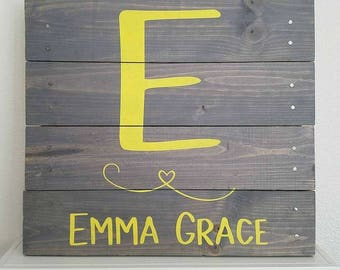Custom Initial Pallet Sign l Monogram l Nursery Name Sign l Wedding Gift l Nursery Decor l Baby Gift l Farmhouse Decor