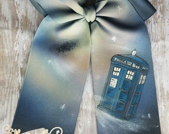 Dr Who tardis hand painted hair bow, painted cheer bow, dress up, cosplay, hair accessory, girl accessory hand painted accessory