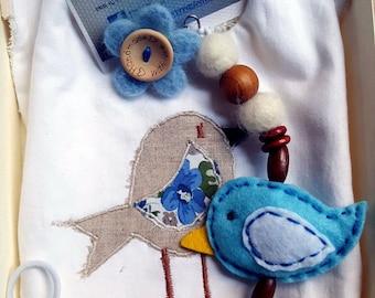 Set baby bib and pacifier clip sensual bird cheep cheep, gift idea for birth and baptism