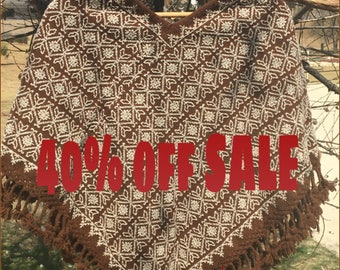 SALE Mexican huipil  Poncho ethnic 100% wool stained with natural dyes hand embroidery outlet