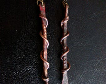 Wire twist earrings