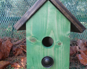 Birdhouse Green with Knob Perch
