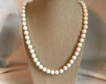 Vintage White Bead Necklace, Gold To e Button Clasp, Signed, Retro, Estaye Jewelry