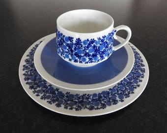 Arabia Finland DORIA , coffee cup,saucer and  dessert plate, designed by Raija Uosikkinen, 60s
