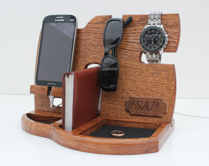 Gifts for Boyfriend,Phone Docking Station,Gift for men,Fathers Day Gift,Birthday Gifts For Men,Gifts For Husband,groomsmen gift,gift for man