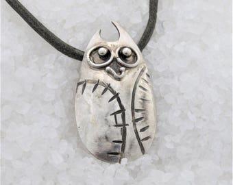 owl silver pendant.