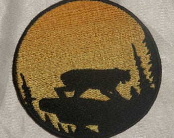 Embroidered Bobcat or Lynx Cat Sunset Silhouette Ombre Circle Patch Iron On Sew On USA