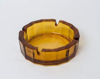 Vintage Bar Style Round Textured Amber Glass Ashtray with Four Cigarette Rests 1970s