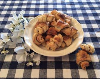 Rugelach Cookies in a Cookie Tin, Sugar Cookies, Cookies in a Tin, Gifts under 20, Gifts under 25, Gift Basket, Gift Pack, Cinnamon Cookies