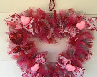Valentines Day/Heart/Winter wreath/Holiday Front door decor