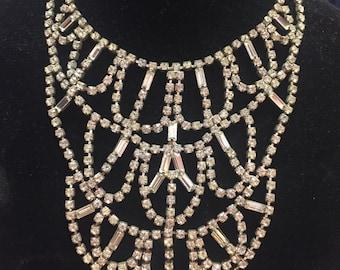 Stunning 1950s rhinestone bib showgirl necklace