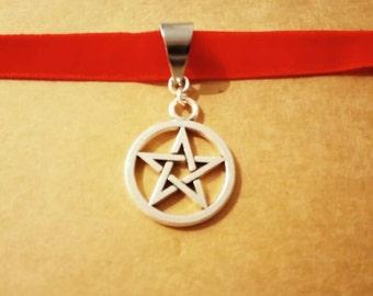 Pentagram witch choker Red velvet