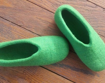 Womens Slippers, House Shoes, Felted Wool Slippers, House slippers, Felted slippers, slippers