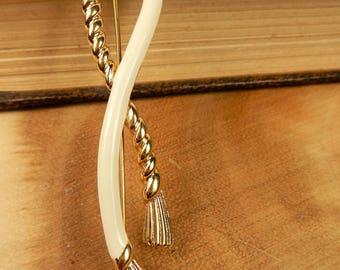 Cream Brooch, Monet 1960's Vintage Scarf Pin, Rope Pull Brooch