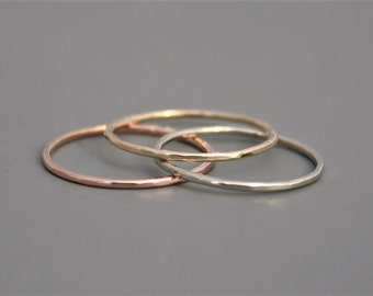 14k Gold Ring with Delicate Texture Rose, Yellow, or White