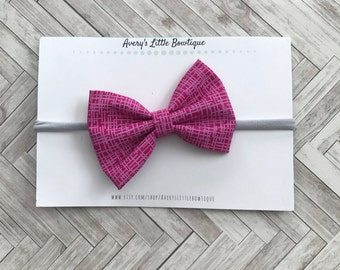 Pink classic bow - Bows for Girls - One Size Fits All- Baby Girl Gift - Pink Headband - Infant Bow - First Birthday Bow - Avery's Little Bow