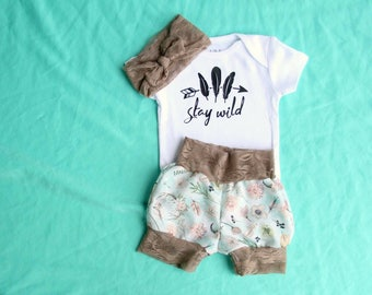 Tribal girl outfit,baby tribal outfit, shabby chic baby outfit, lace and skulls outfit, baby girl outfit, toddler girls outfit, floral