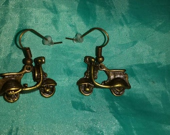 Scooter Vespa earrings