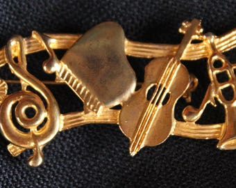 Musical Instruments Pin