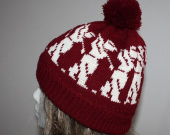 Burgundy or Grey with Golfers beanie hat - with or without pompom