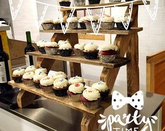 PR cupcake display