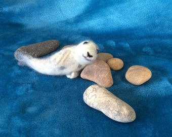 Felted seal