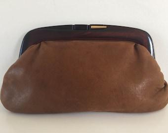 Pocket Leather soft caramel clasp effect peeling
