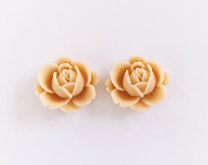 The 'Willow' Flower Earring Studs
